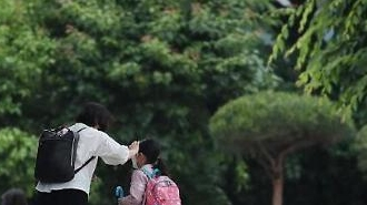 Hôm nay gần 2 triệu học sinh Hàn quốc trở lại trường học trong lỗi bất an của các bậc phụ huynh
