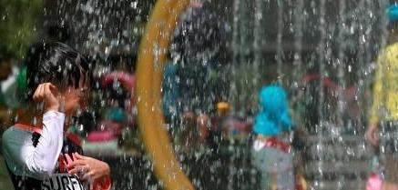[오늘의 날씨 예보]경상 내륙 폭염특보...대구 한낮 35도 무더위