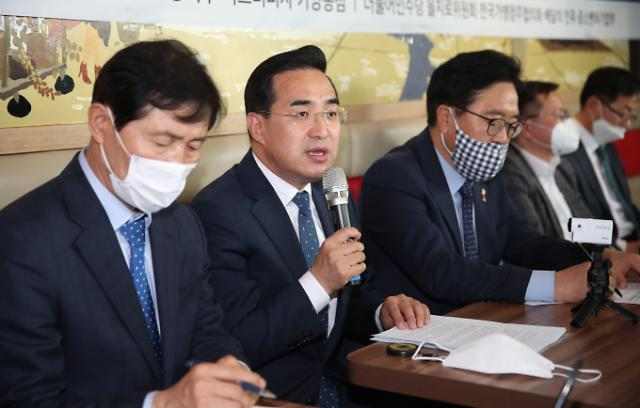 [Post Corona, First Korea!] ②'주거 안정이냐, 재산권 침해냐'…임대료 상한제 추진 딜레마
