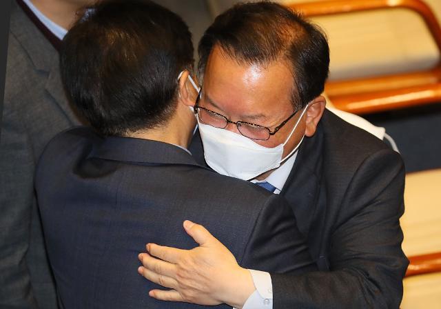 [최신형의 불온한 정치] 김부겸·김영춘·김성곤…보수 벽에 희생된 新3김을 말한다