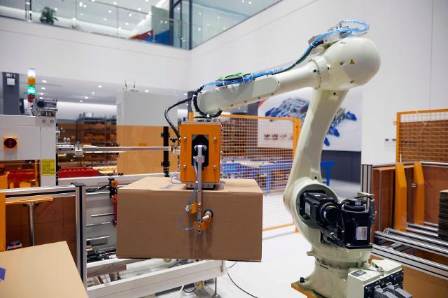 CJ Logistics involved in development of logistics robots to ease manual work