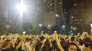 송환법 반대 시위 1주년 앞둔 홍콩 폭풍전야