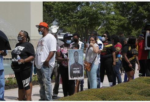 美国会民主党人推动立法遏制警察暴力执法