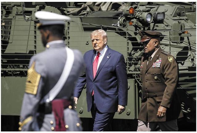 방위비 불만 트럼프, 김정은에 무력 도발 가이드라인 줬나