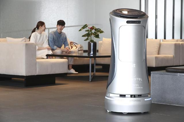 KT cooperates with Hyundai Robotics to develop intelligent service robots