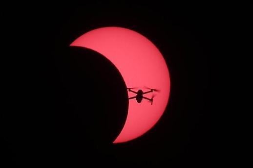 韩国各地同赏日食