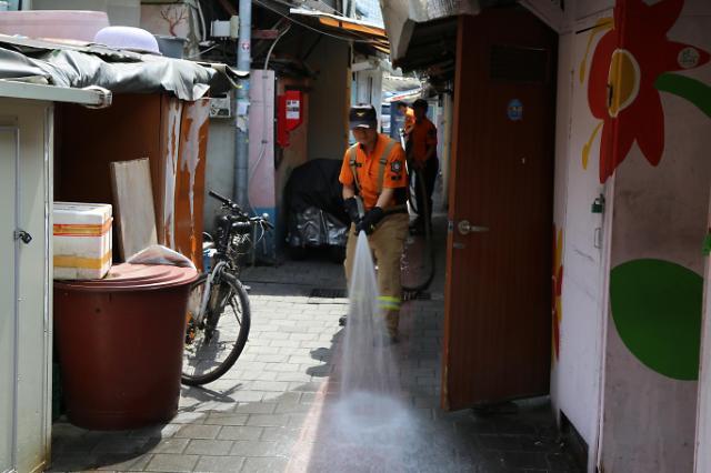 마스크에 체감온도 쑥…서울시, 폭염대비 긴급구조·구급대책 추진