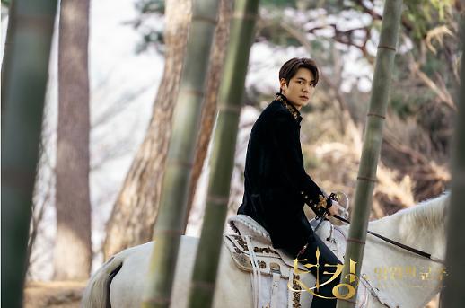 李敏镐《永远的君主》表情包Minomi上线 收益将全部捐献