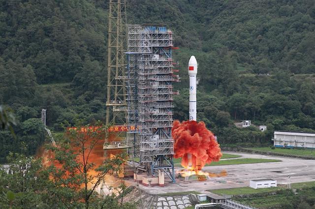 中, GPS 항법위성 베이더우3호 마지막 위성 발사 성공...우주굴기 착착