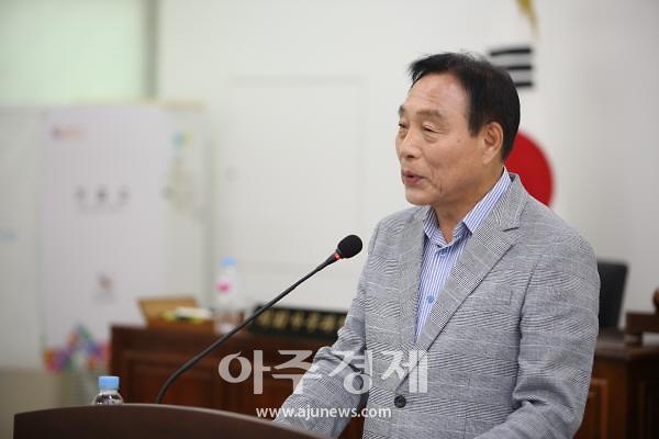 서천군의회, 8대 후반기 의장에 나학균 의원 선출