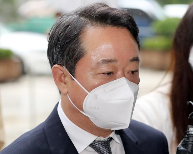 """인보사 의혹 이웅열 전 코오롱 회장 오늘 구속심사...""""죄송하다"""""""