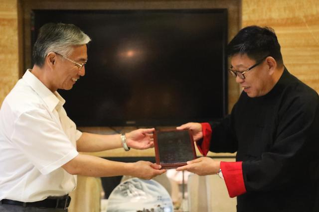 前中国驻韩大使邱国洪出任察哈尔学会东北亚事务首席研究员