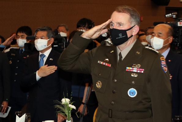 """에이브럼스 사령관 """"한미연합훈련 안 하면 전력 약화""""... 훈련 축소 비판"""