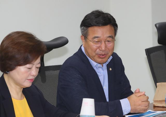 """윤호중 """"윤석열, 조직 위해 결단해야"""""""