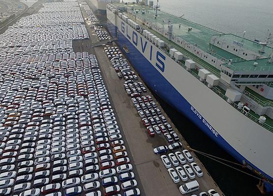 Hyundai Glovis secures $431.8 mln deal to ship Volkswagen cars