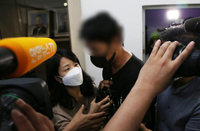 [포토] 경주시체육회 인사위에 나타난 트라이애슬론팀 감독