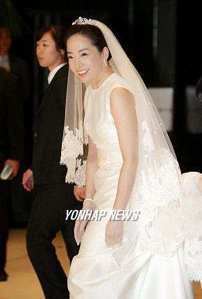 결혼 정기선 신부 웨딩드레스 현대家 스타일?...노현정은?