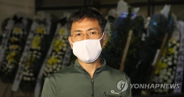 """안희정 성폭행 폭로 김지은, 3억 손배소 """"정신적 피해 보상하라"""""""
