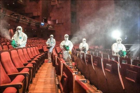 [コロナ19] 防疫当局「密集した空間でマスクなしで長時間滞在すると集団感染」