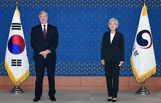 比根给韩国防疫系统点赞