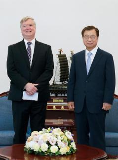 美国副国务卿结束访韩行程前往日本