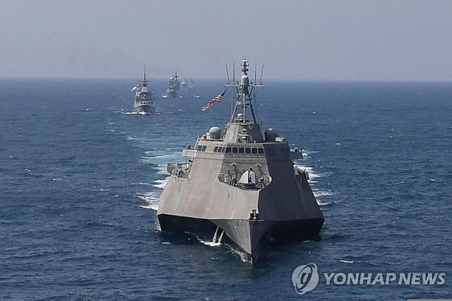 [김정래의 소원수리] 해군, 미군 보다 위장 월등한 新함상전투복 연내 보급