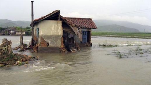 暴雨增加朝鲜洪灾风险 朝媒呼吁做好抗洪准备