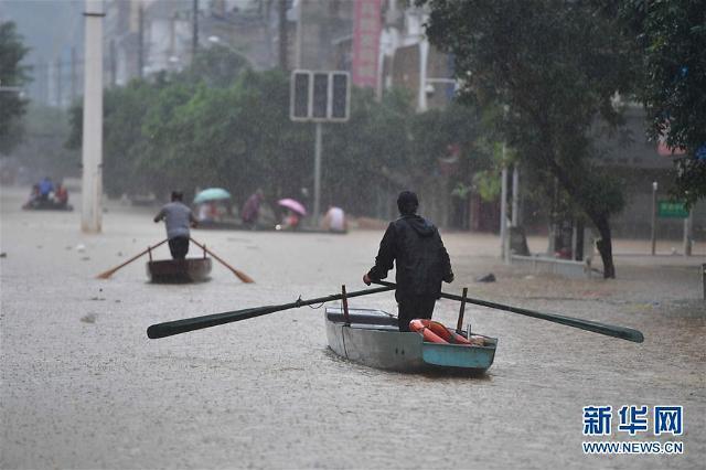中 남부, 약 60년만의 최악의 폭우…보름 더 이어지면 대참사