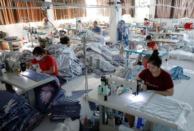 베트남, 코로나19 여파로 900만명 실직