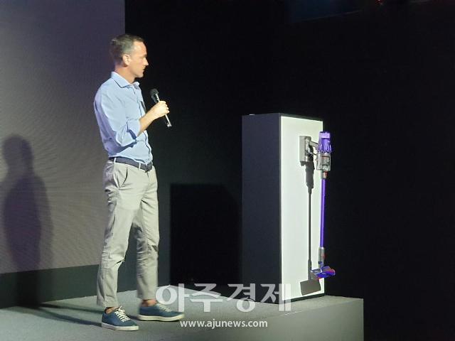 """다이슨, 옴니-글라이드 출시…""""한국 소비자 청소 문제 해결"""""""
