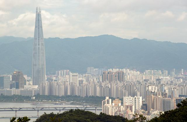 3기 신도시 외 택지도 용적률 높인다…1만 가구 추가 공급 검토