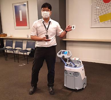 소프트뱅크 로보틱스, 청소 로봇 앞 세워 한국 상륙... 로봇 구독 시장 만든다