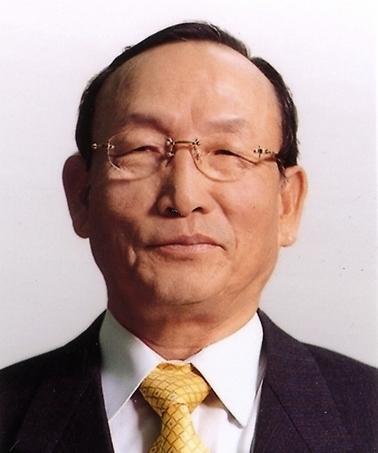 한국테크놀로지그룹 '형제의 난' 불씨 지핀 누나, 소방수 자처한 아버지
