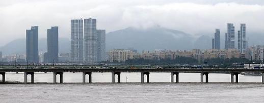 温室效应引发蝴蝶效应 韩中日遭遇严重暴雨袭击