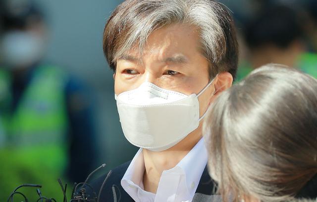 조국 한국 검찰은 '준(準)정당… 해야하는 싸움은 하겠다