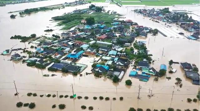 [어제의 한 Zoom] 물폭탄 침수·태풍 장미·북미 연락사무소·KBO 올스타 베스트12·코로나19·날씨