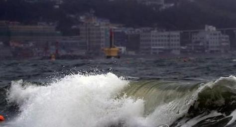 태풍 장미 소멸했지만...역대 가장 큰 피해 남긴 태풍은?