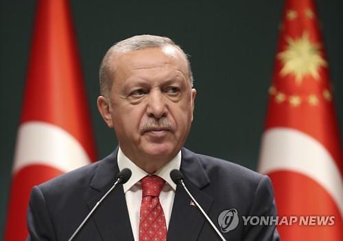 터키 리라화 폭락...유럽으로 위기 번질까