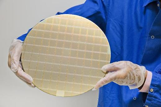 IBM发布新型处理器芯片 三星电子代工生产