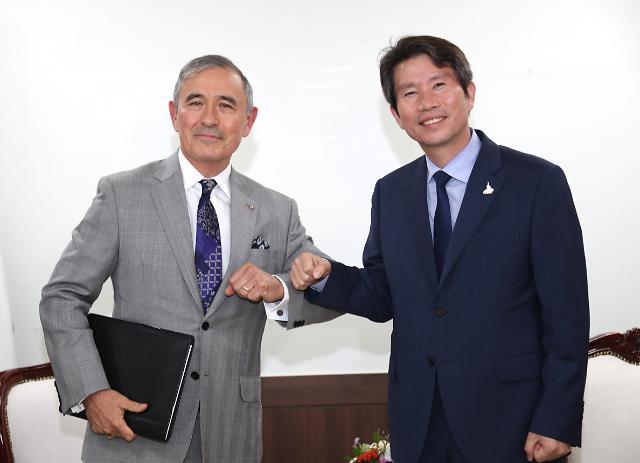 이인영, 美대사 한·미워킹그룹 재조정 제안…19일 싱하이밍 中대사 면담