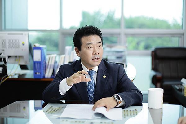 더불어민주당 경기도당위원장에 박정 의원