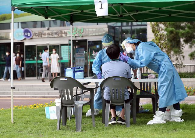 """코로나19 깜깜이 확진 확산…지상욱 """"절대 검사량 늘려야"""""""