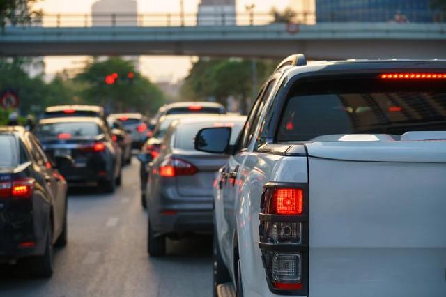 국민 2.1명당 자동차 1대 보유…차량 등록대수 2400만대 돌파