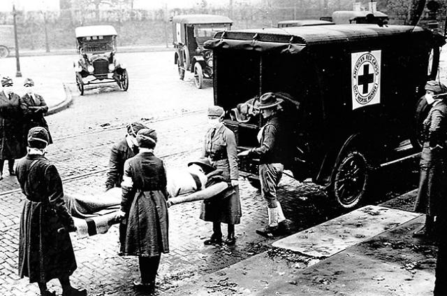 사회적 거리두기 3단계 안 가는 방법, 100년 전 기억에 되묻다