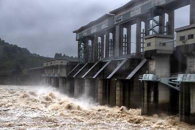 또 몰래 방류할라... 합참 태풍 바비 대비 속 북한 황강댐 예의주시