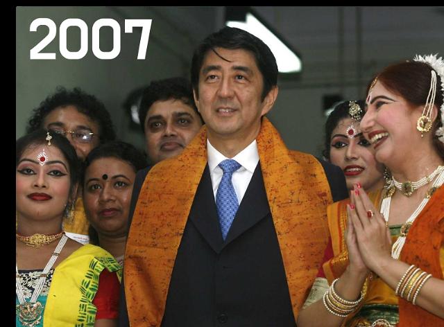 [포토] 아베 신조, 日역대 최장수 총리의 지난 날을 돌아보다 (2007-2020)