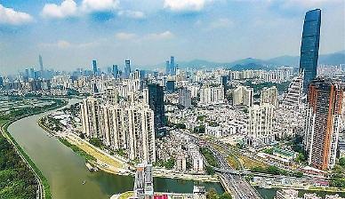 中 부동산 규제 효과… 8월 주택 매매량↓ 선전 분양 물량↓