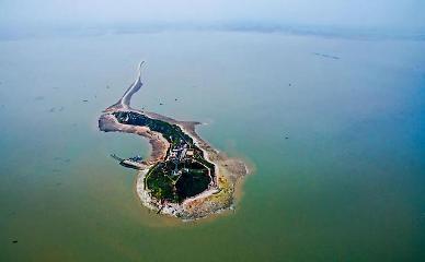 [특파원스페셜] 외딴 섬 사세요…1년에 64만원 中 무인도 난개발 심각