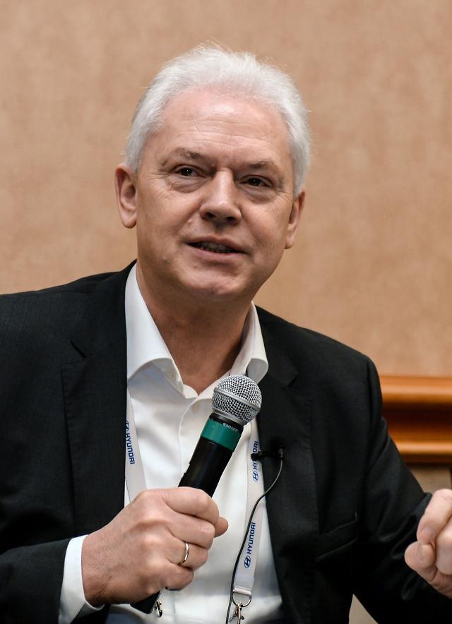 """[IFA 2020] 비어만 현대차 사장 """"통합형 친환경 모빌리티 솔루션 제공할 것"""""""