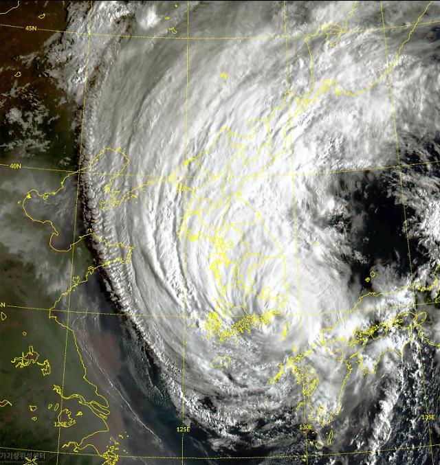 강력한 태풍 원인은 이상 기후···지구 온난화 주목해야
